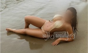 Coumba incall escort in Isabela