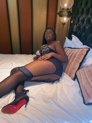 Marie-suzette call girls in Redwood City