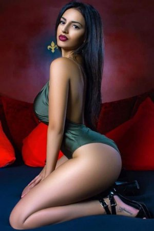 Nathalya independent escorts