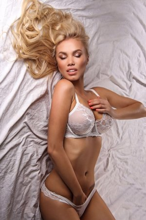 Loucine cheap escort girl