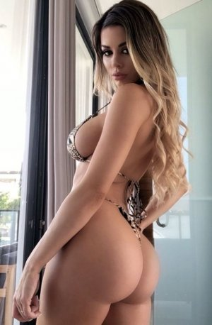 Chahrazad incall escort in Lemon Hill California