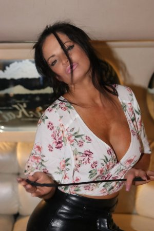 Adelina independent escort in Wheeling